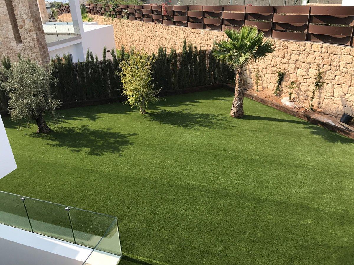 C sped artificial en ibiza con royal grass y averdece Todo cesped artificial