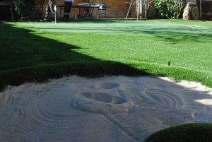 Campo de golf en casa césped artificial